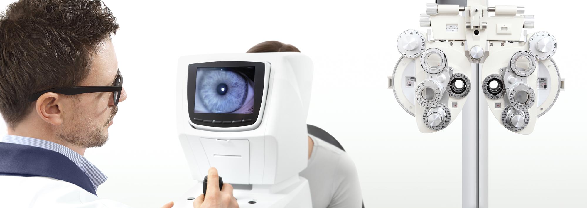 Optometrist ophthalmic lane exam